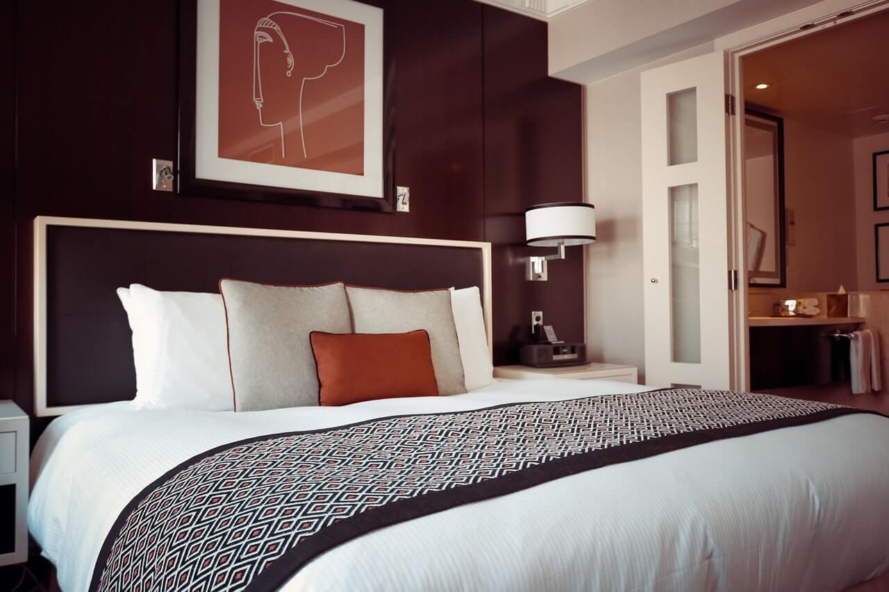 Как правильно выбрать кровать в спальню?